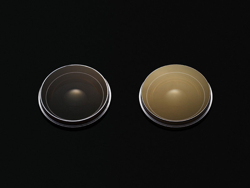 Anti-reflection effect comparison (Left: ASC Right: Existing Multi-layer Coating)