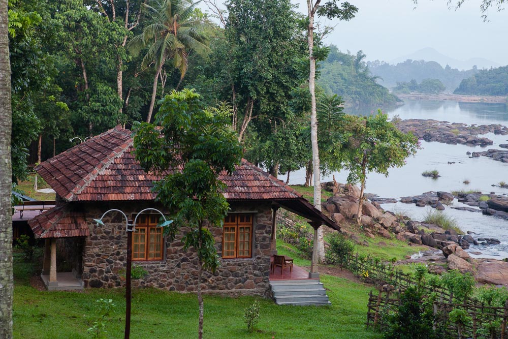 "Resort in the Lap of Nature: The Quiet by the River I had been to Periyar and stayed in a resort ""The Quiet"" situated in a river island in the Malayattoor forest range. This place […]"